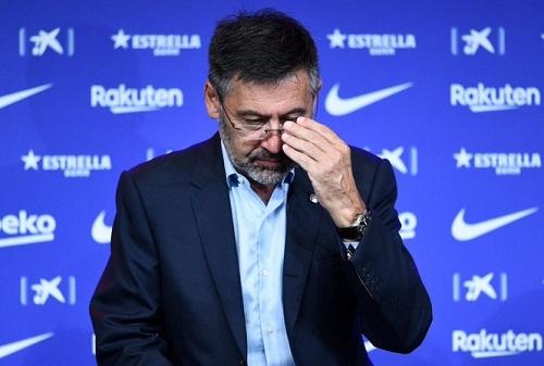 Chủ tịch Josep Bartomeu cùng ban lãnh đạo Barca chính thức tuyên bố từ chức