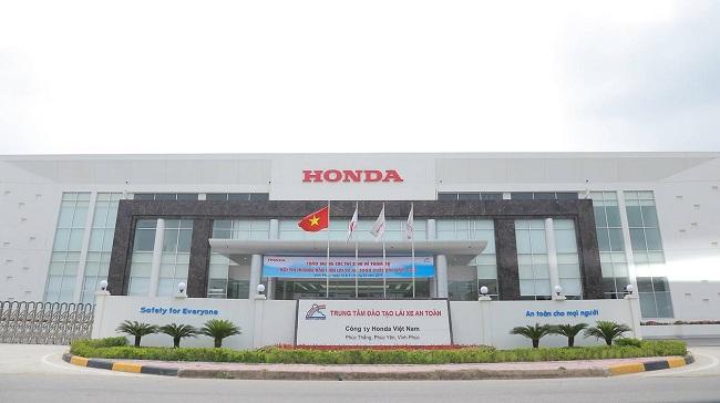 Người Việt giảm mua xe máy, doanh số
