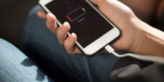 7 sai lầm nghiêm trọng mà ai cũng mắc phải khi sạc điện thoại