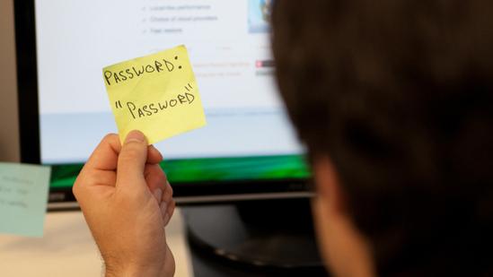 """Cách quản lý mật khẩu hiệu quả nhất dành cho team """"não cá vàng"""""""