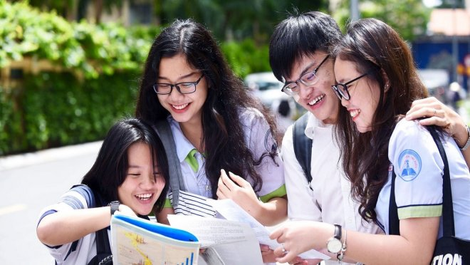Toàn bộ học sinh lớp 12 tại Hà Nội sắp phải làm bài thi khảo sát