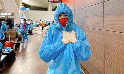 Khánh Vân về Việt Nam sau hơn 1 tháng