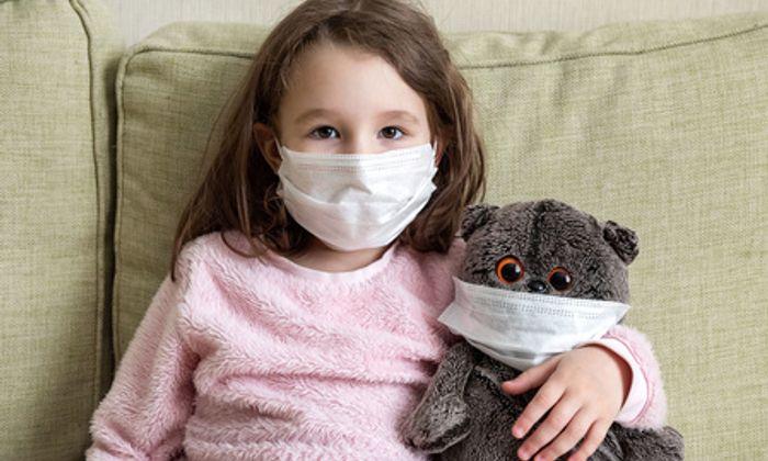 Trẻ mắc COVID-19 điều trị tại nhà cần có chế độ dinh dưỡng ra sao?